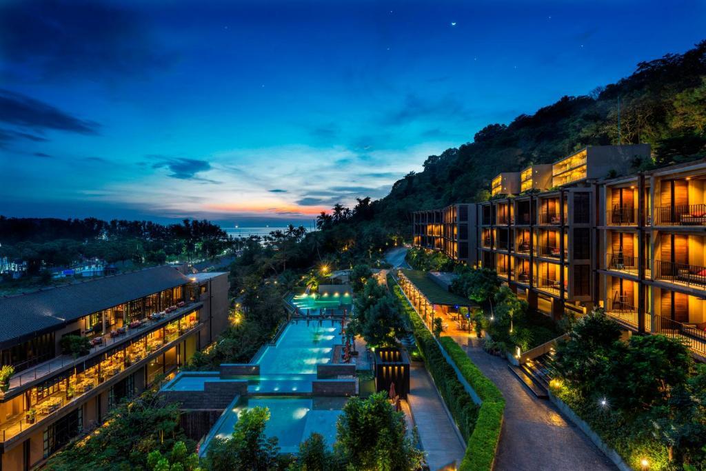 Вид на бассейн в Sunsuri Phuket или окрестностях