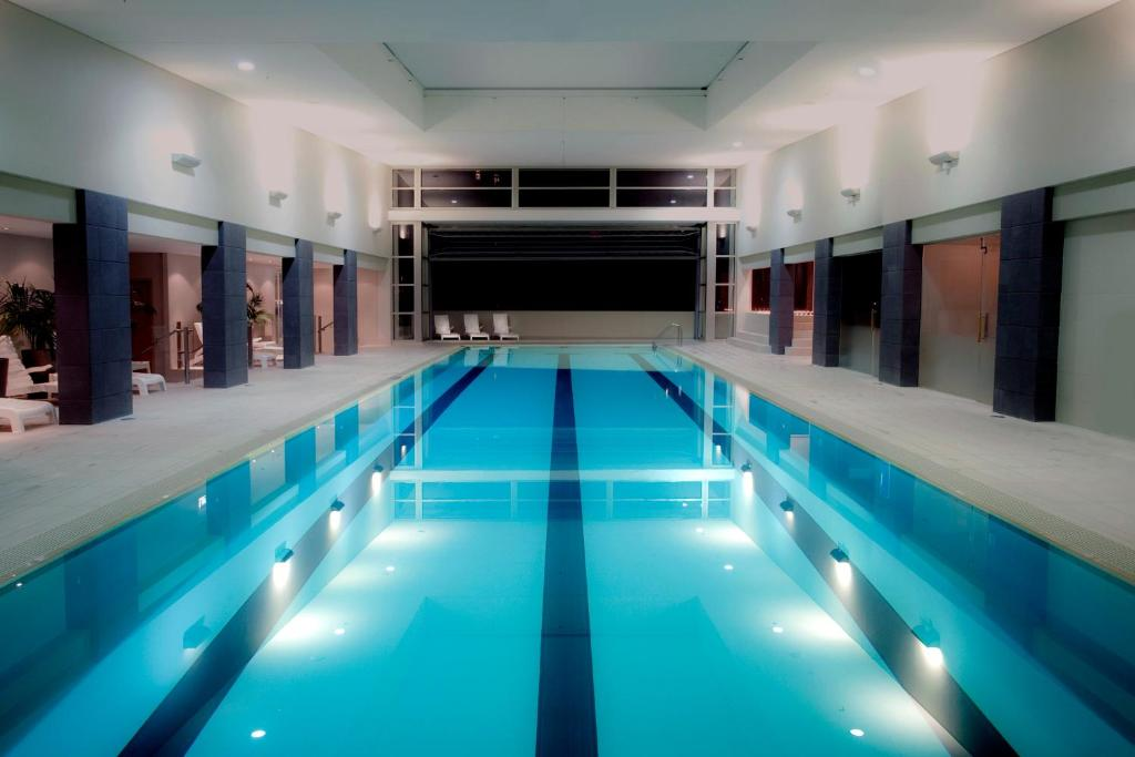 The swimming pool at or near Pullman Auckland Hotel & Apartments