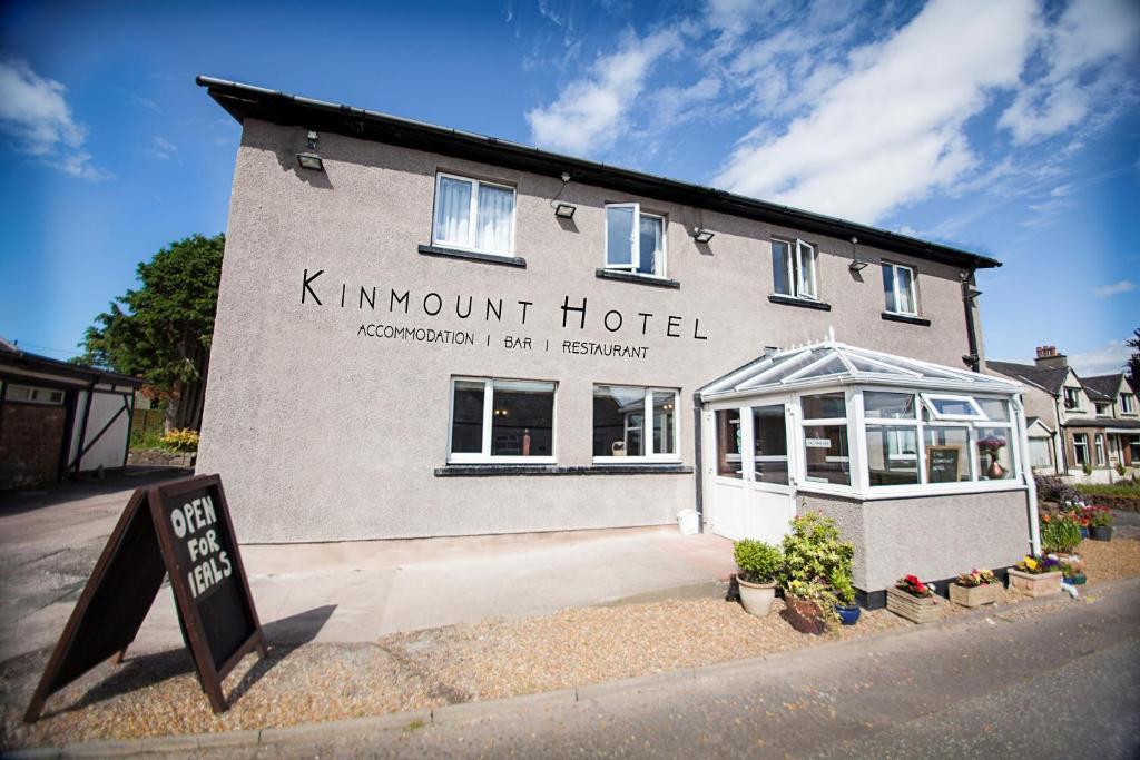 Kinmount Hotel
