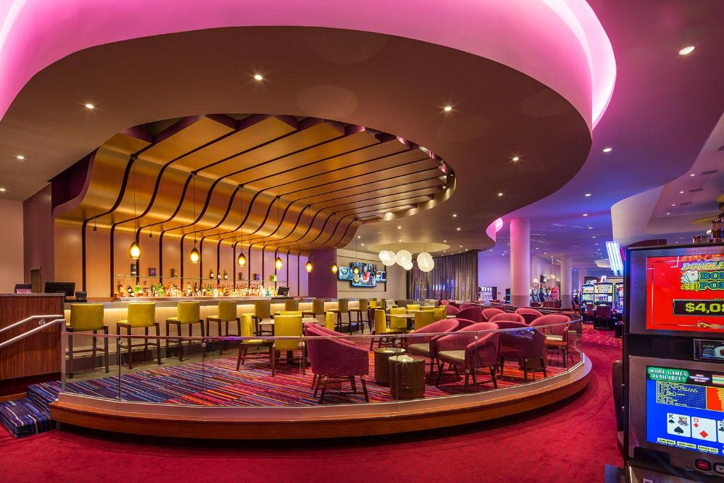 Rhythm City Casino & Resort, Davenport – Updated 2020 Prices