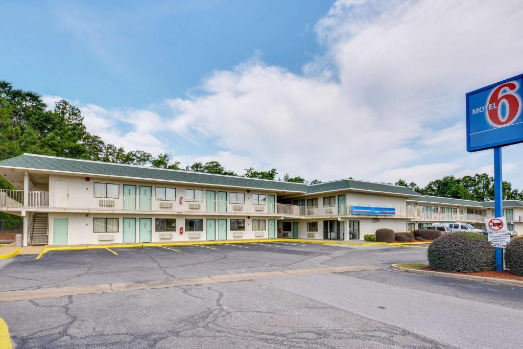 Motel 6-Tuscaloosa, AL