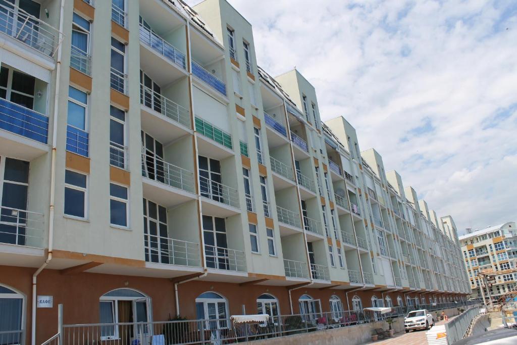 Апартаменты гурзуф недвижимость за рубежом запрещено иметь чиновникам