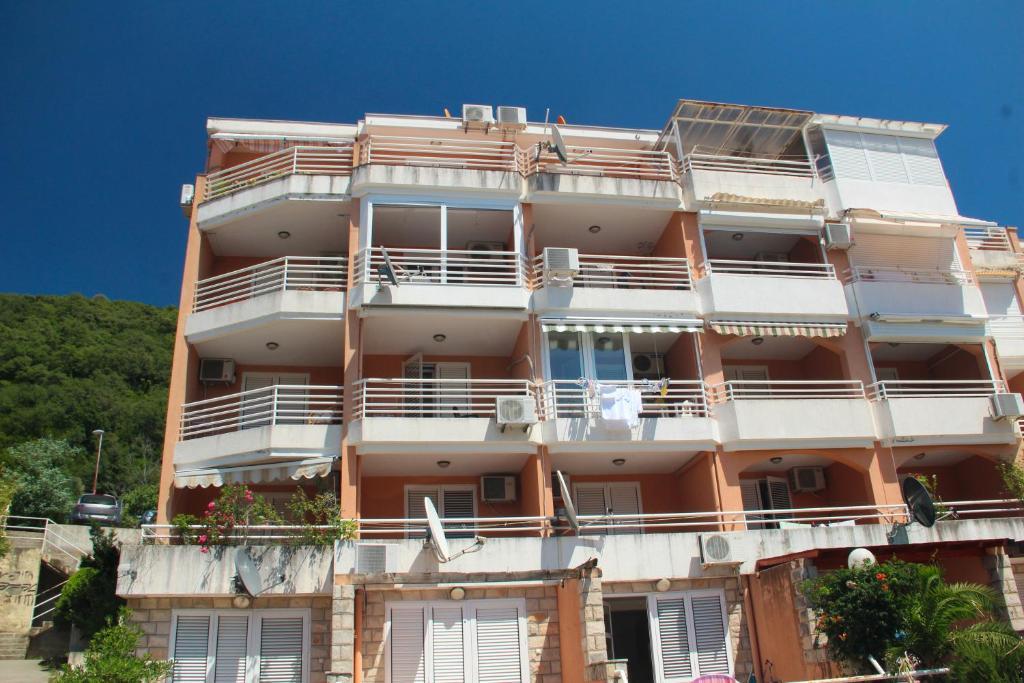 Квартиры в петроваце черногория стоимость квартиры в кельне