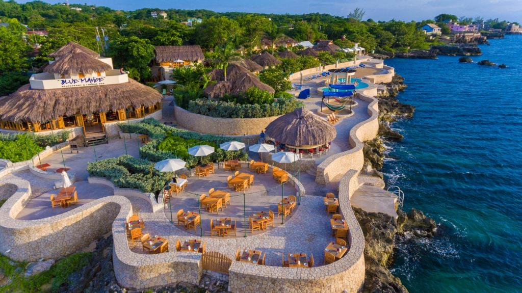 A bird's-eye view of The SPA Retreat Boutique Hotel
