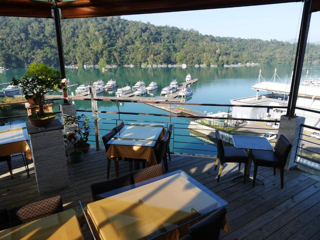 澄園旅店餐廳或用餐的地方