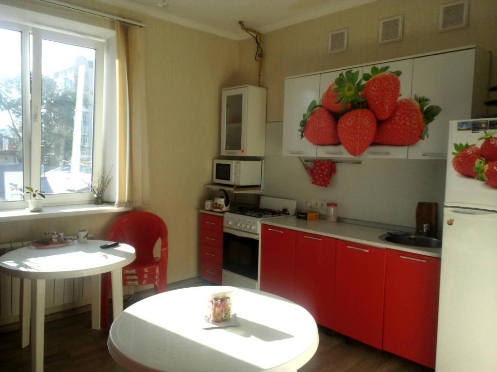 A kitchen or kitchenette at Hostel Saratov House