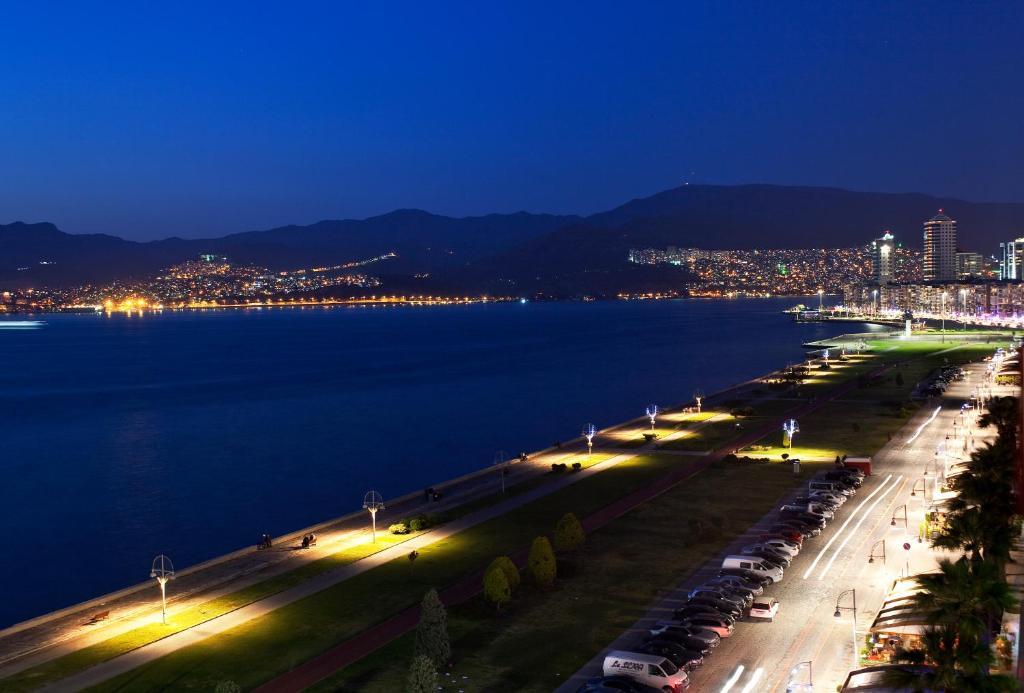 Izmir Palas Hotel Izmir Turkey Booking Com