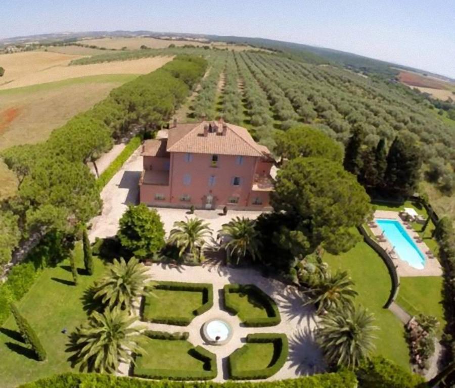 A bird's-eye view of Relais Pian Di Vico