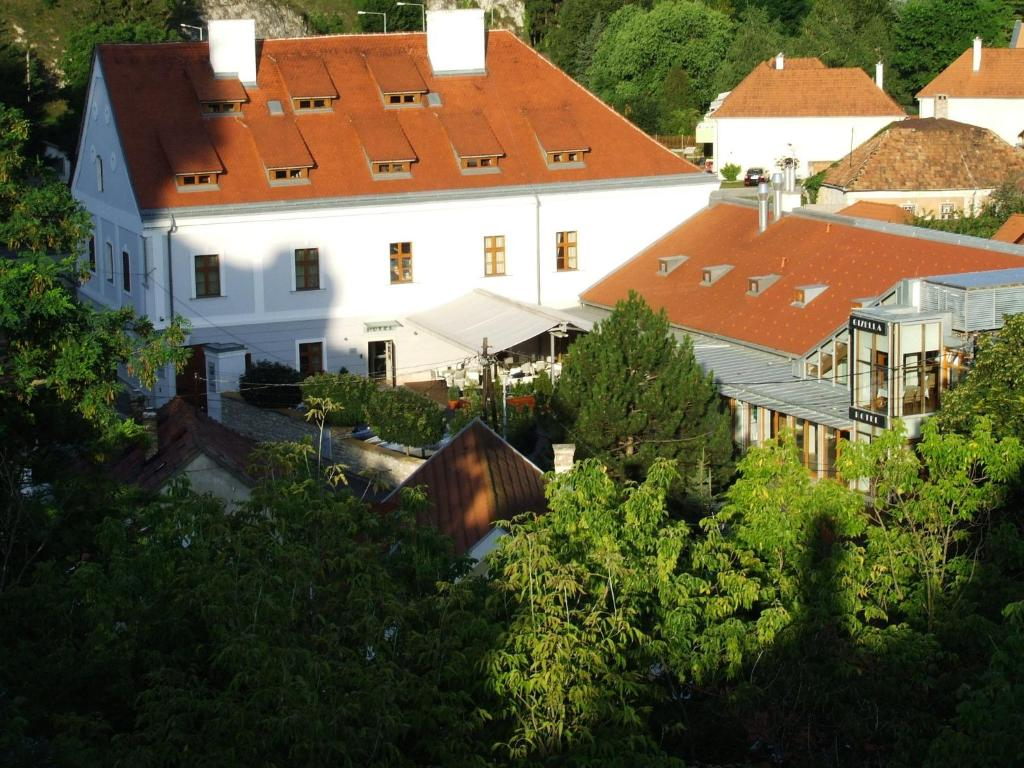 A bird's-eye view of Gizella Hotel and Restaurant