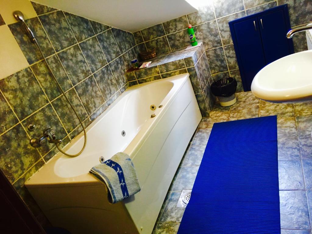 A bathroom at Apartment Ines