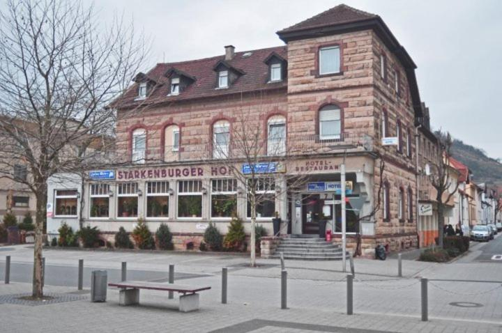 Hotel Starkenburger Hof during the winter