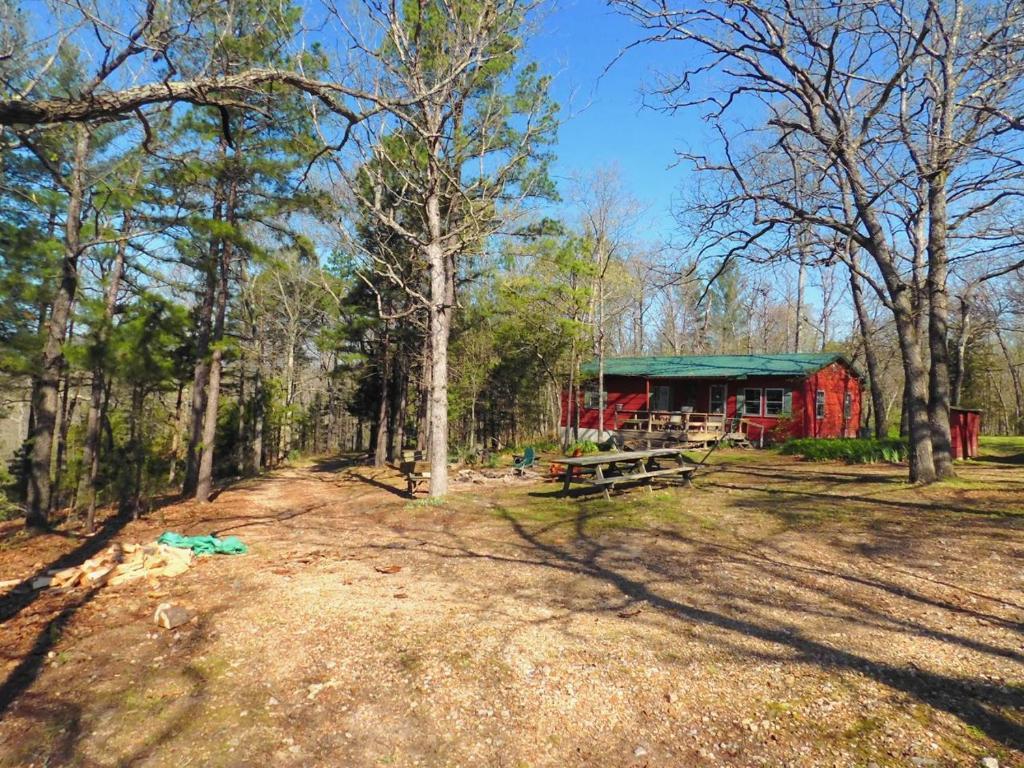 Rock Eddy Bluff Farm Cabins