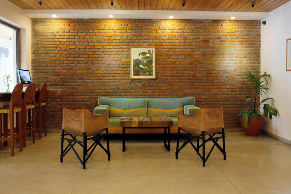 A seating area at Moss BnB Colombo