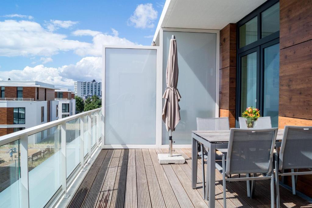 A balcony or terrace at Südkap D-11
