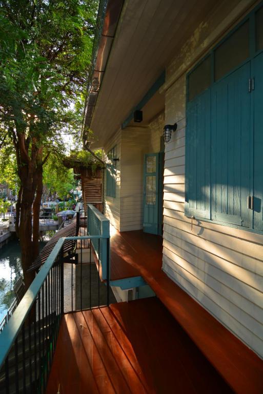 Ein Balkon oder eine Terrasse in der Unterkunft La Moon Hostel
