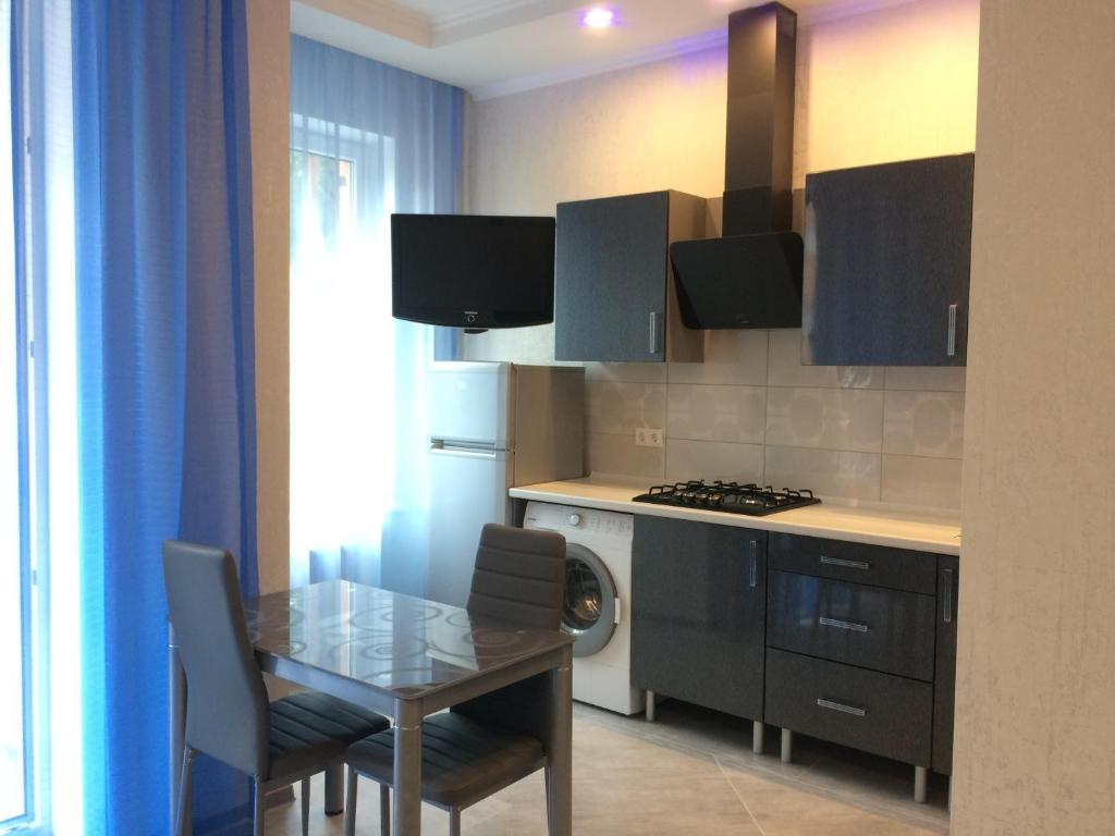 A kitchen or kitchenette at Apartment in Svetlogorsk-2