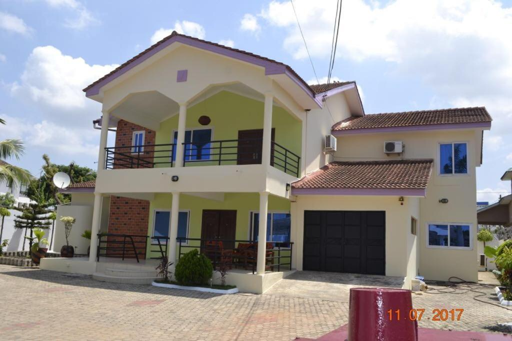 The Villa Olive, East Legon