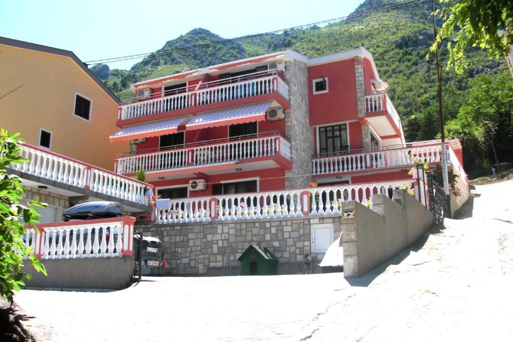 Apartments Simun