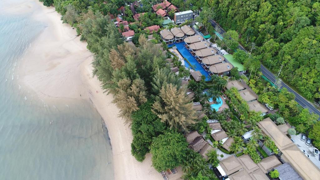 A bird's-eye view of Tup Kaek Sunset Beach Resort