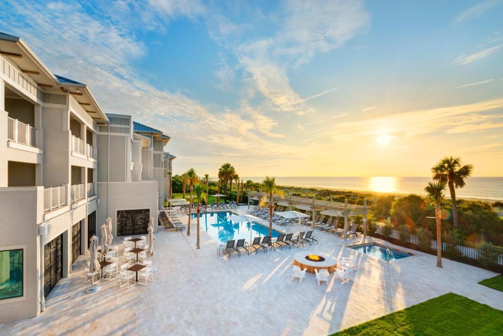 The swimming pool at or near Jekyll Ocean Club Resort