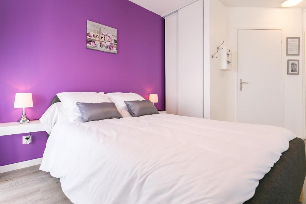 Un ou plusieurs lits dans un hébergement de l'établissement La Marquise - Ségur