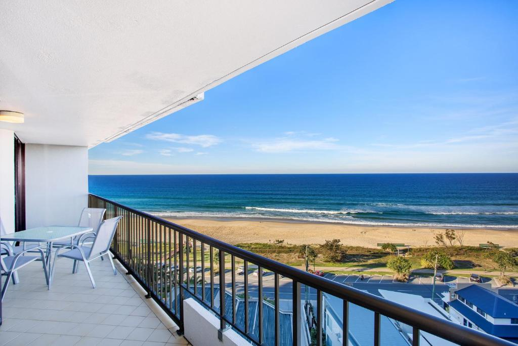 A balcony or terrace at THE ROCKS RESORT, UNIT 9J