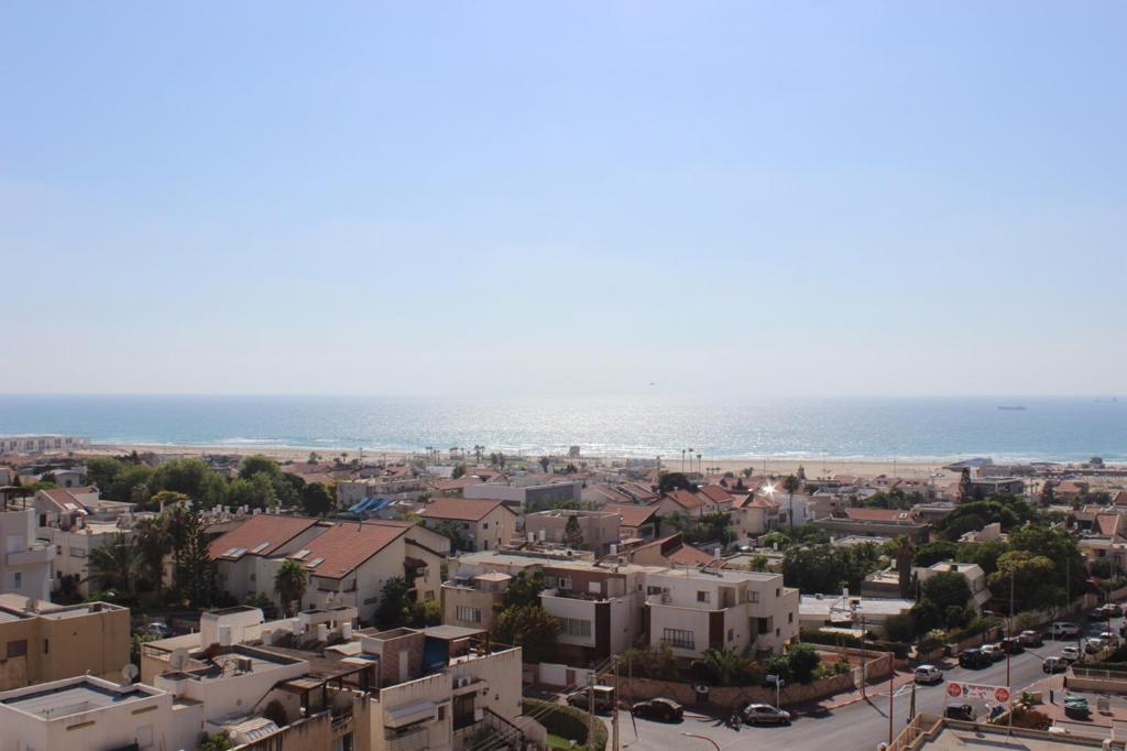 A bird's-eye view of Keren's Sea View Apartment