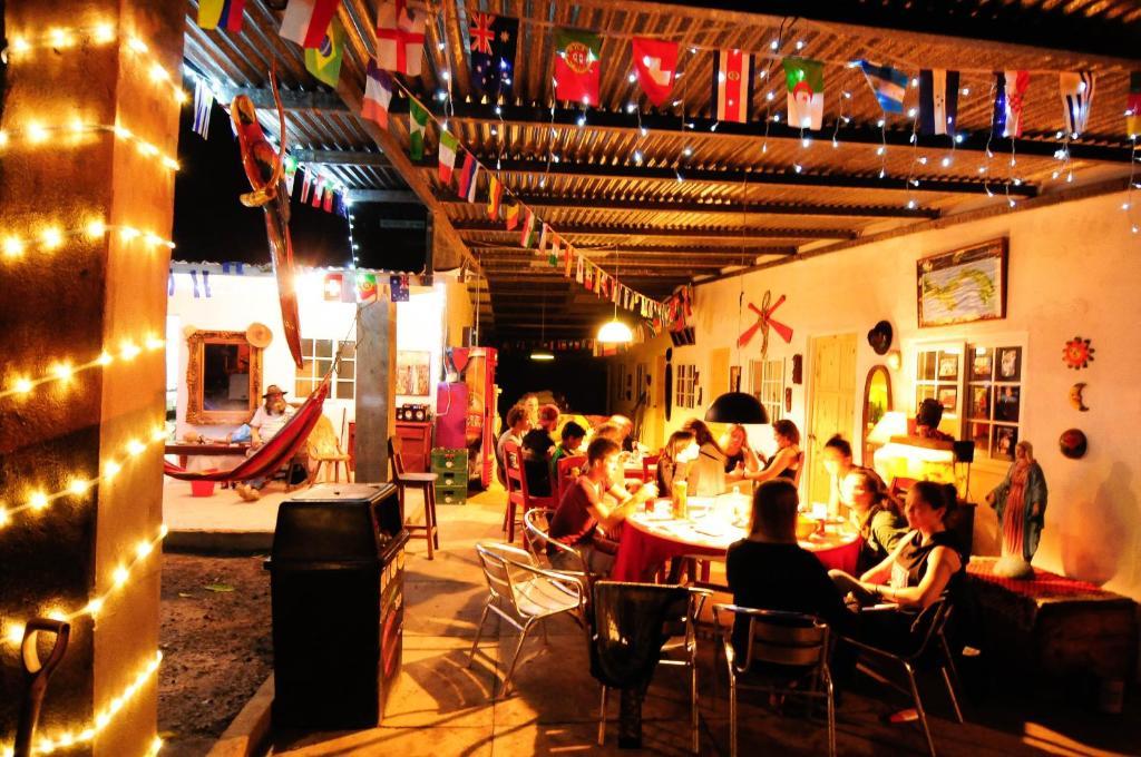 A restaurant or other place to eat at Hostal La Casa de Juan