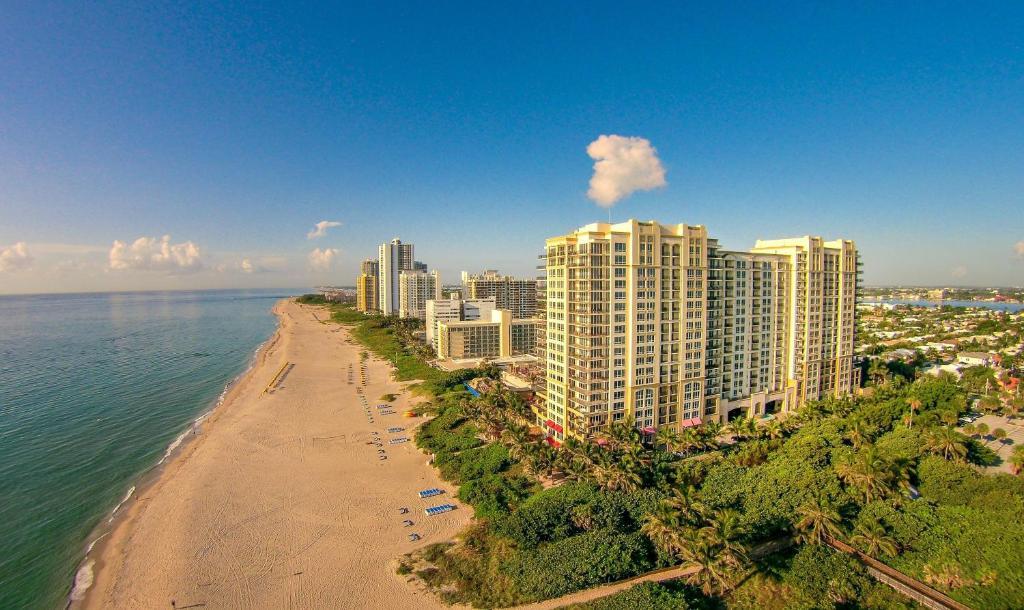 Oceanfront Palm Beach Resort & Spa Singer Island