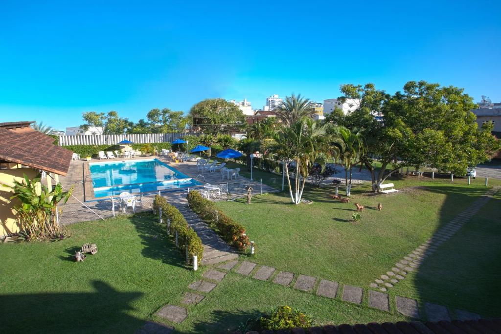 A view of the pool at Hotel Pousada Caminho da Praia or nearby
