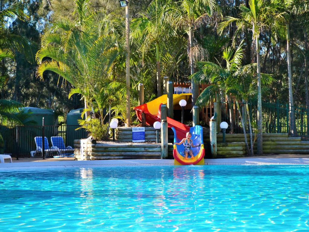 The swimming pool at or near NRMA Ocean Beach Holiday Resort