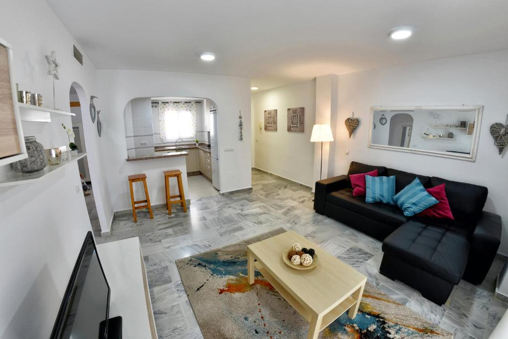 Apartamentos Maribel - Laterooms