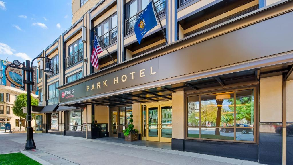 Best Western Premier Park Hotel.