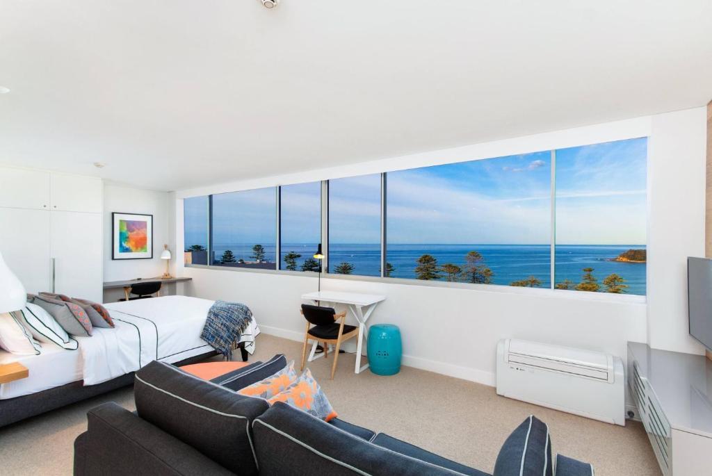 Ultrachic executive beach apartment