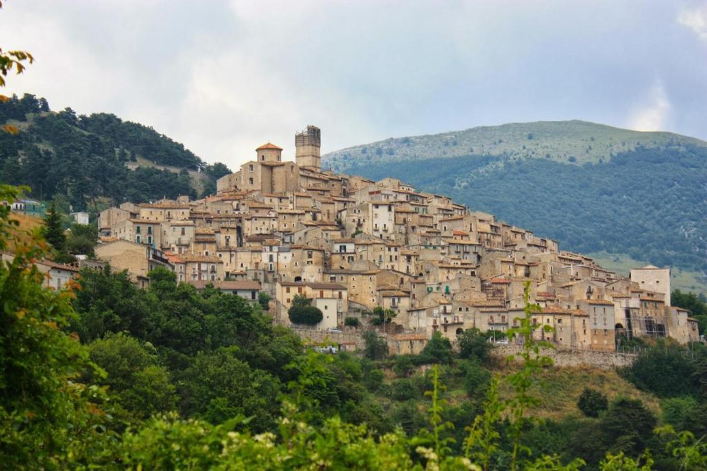 Italiaans dorpje geeft je 44.000 euro