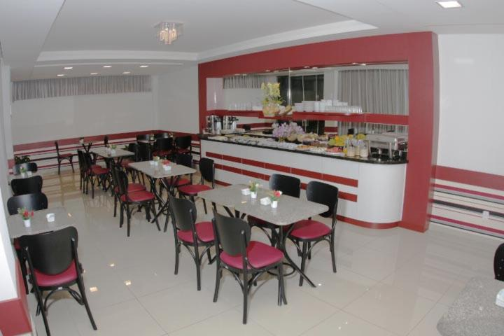 A restaurant or other place to eat at Hotel Turella