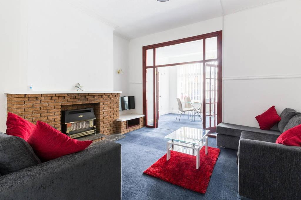 Pleasure Holiday Apartments Blackpool Updated 2021 Prices