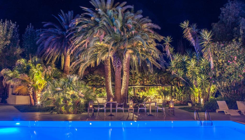 The swimming pool at or near Hotel Barracuda