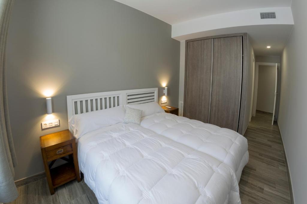 Cama o camas de una habitación en Hotel Asador O Callejón De Belchite