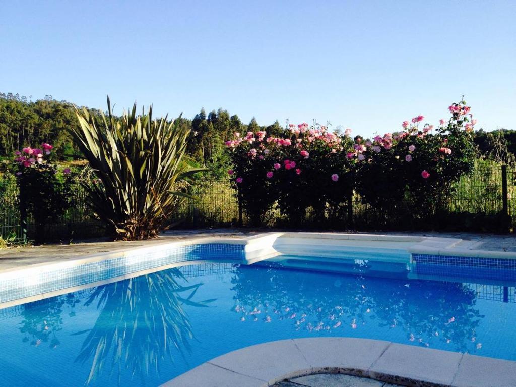 A piscina em ou perto de Quinta do Cojo