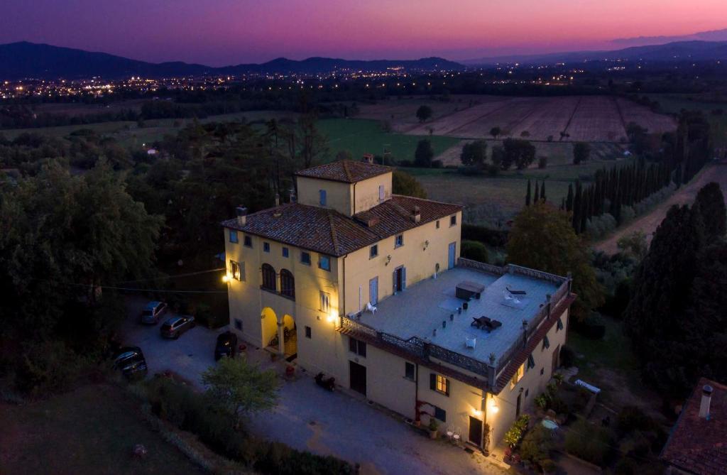 A bird's-eye view of Bella di Ceciliano
