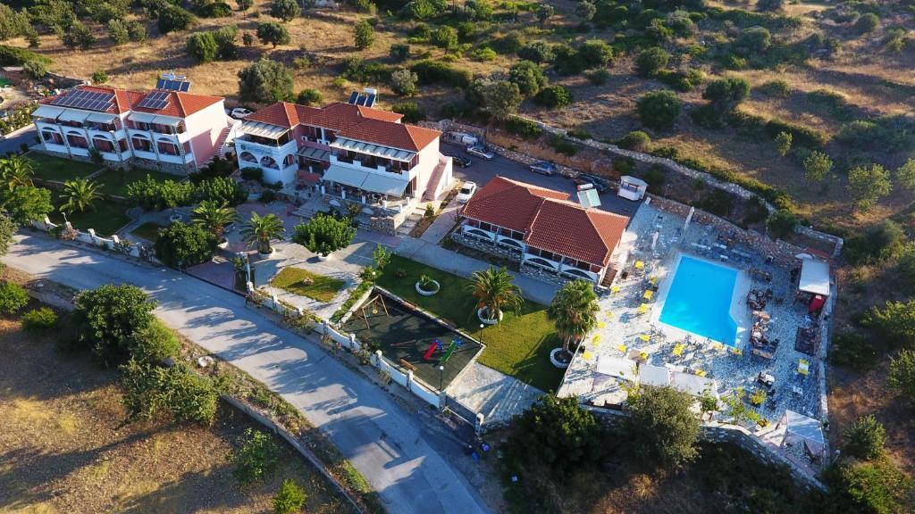 Άποψη από ψηλά του Saint George Hotel
