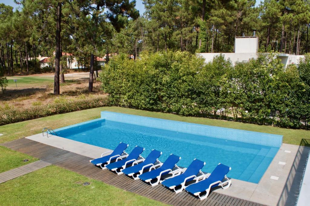 A view of the pool at Design House Aroeira Golf or nearby