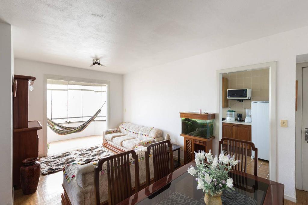 Maravilhoso apartamento 3 quartos perto PUC