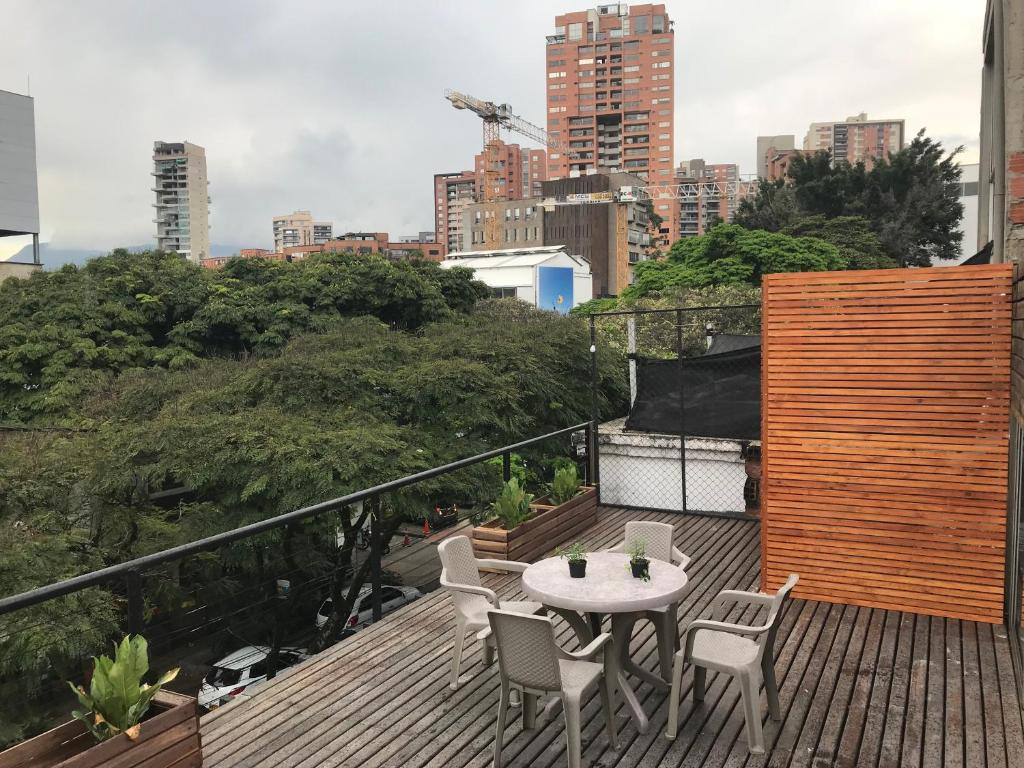Two BR apartment Lleras