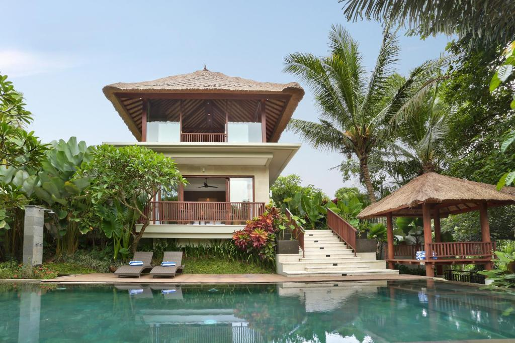 The swimming pool at or close to Khayangan Kemenuh Villas by Premier Hospitality Asia