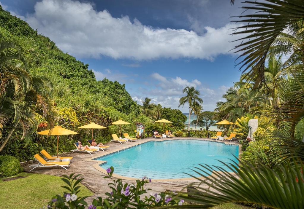 Бассейн в Wellesley Resort Fiji или поблизости