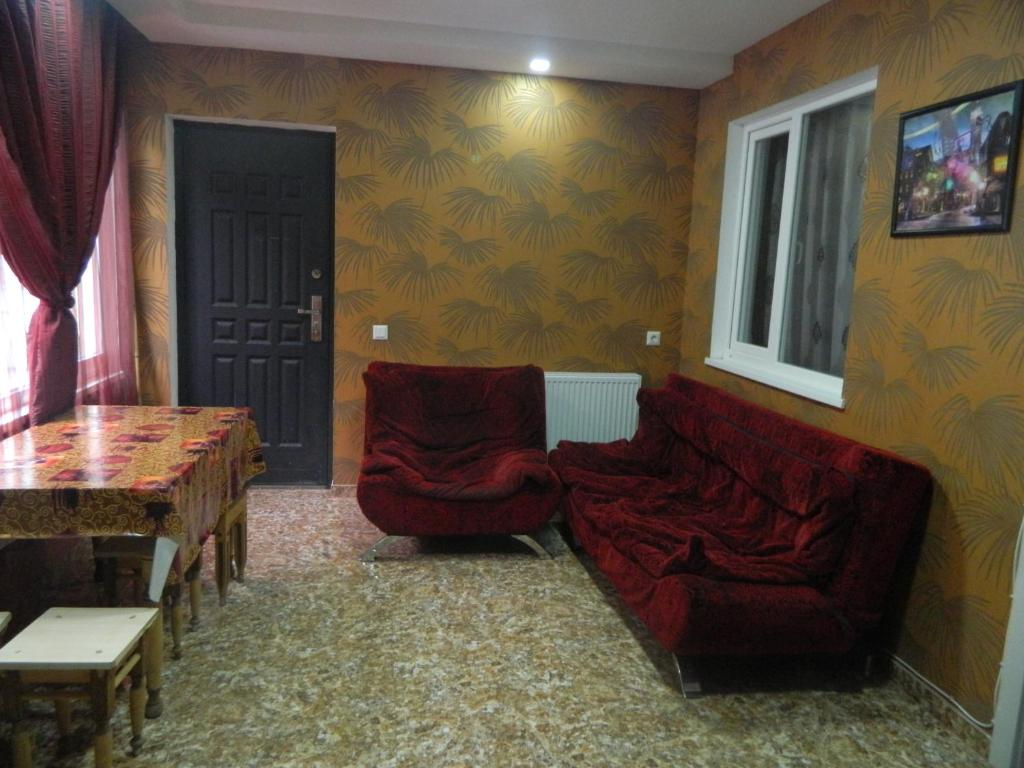 A seating area at Guest House Nua