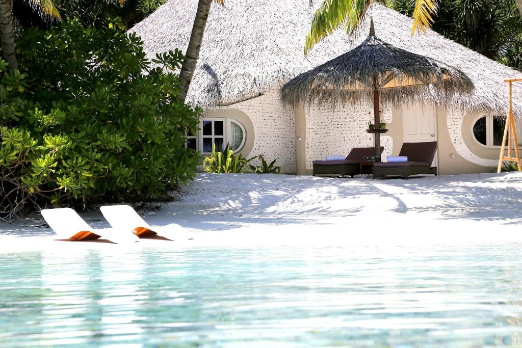 Entre blusa Vinagre  Nika Island Resort, Mathiveri, Maldives - Booking.com
