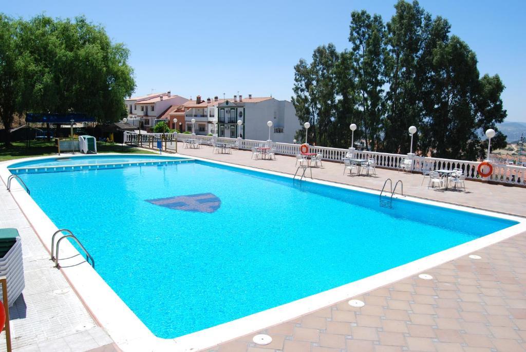 Бассейн в Hotel Los Templarios или поблизости